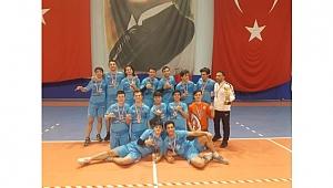 Anibal Anadolu Lisesi hattrick yaptı