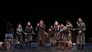 Kocaeli Şehir Tiyatrolarına 7 ödül